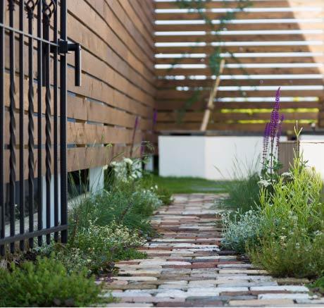 お庭づくり写真1
